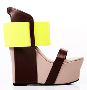 2c6c27be У нас можно заказать самую необычную обувь с яркими расцветками и  причудливой конструкцией